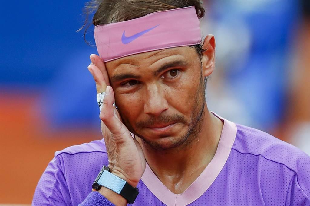 納達爾在巴塞隆納網球公開賽第一輪贏得辛苦。(美聯社)