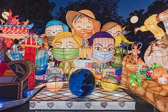 競賽花燈於孔廟廣場「燈」場 周末加碼市集、街頭藝人為光臨藝術節暖身