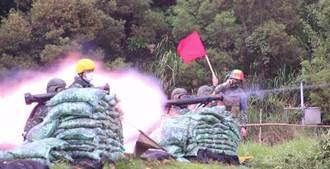 紅隼反裝甲火箭部署東、南沙曝光 60名射手藏灘頭伏擊