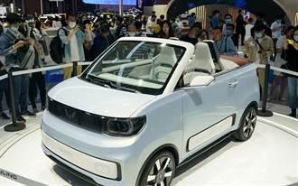 特斯拉靠邊 通用靠小型電動車成功搶進大陸