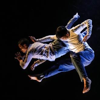 編舞家周書毅與劇場人阿忠跳舞 交換視角看世界