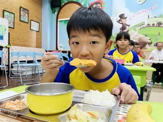 漁業署推吃在地漁產 嘉義縣87間學校同步加菜