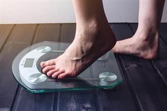 早晚量體重落差逾2公斤 醫:這可不是好事