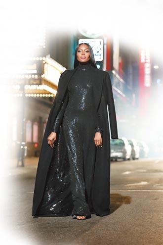 Michael Kors 40周年大秀 黑珍珠Naomi壓軸