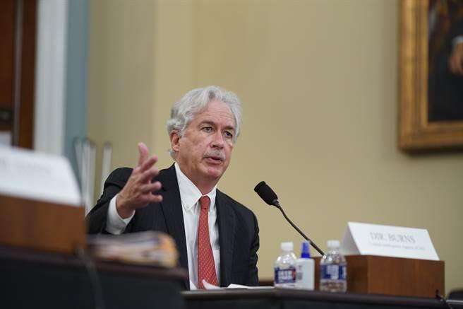 美國中央情報局局長勃恩斯(William Burns)上週在國會也提出類似評估,稱俄國的部署應是意圖脅迫烏克蘭政府,並向美國拜登政府釋出信號。(圖/美聯社)