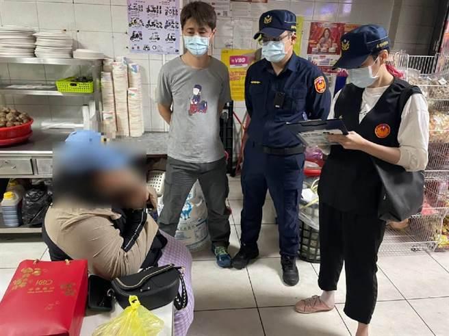 基隆市警局統計至3月查獲20名非法移工,近期5天內查獲2名印尼籍逃逸失聯移工。(基隆市警局提供/陳彩玲基隆傳真)