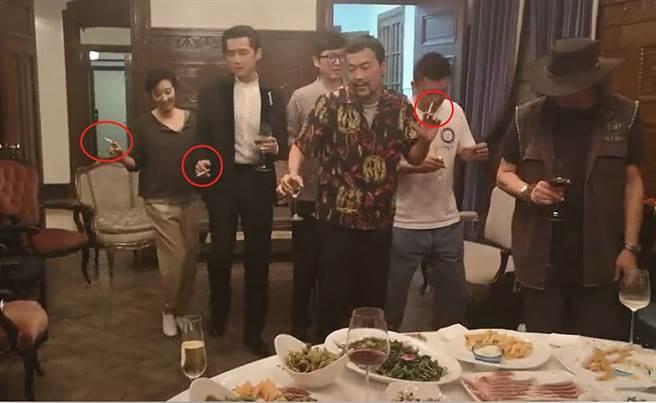 桂纶镁在私下聚会抽菸喝酒画面遭流出。(图/ 摘自微博)