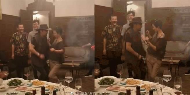 桂纶镁也在聚会中和异性友人贴身热舞,衣服滑落都不在意。(图/ 摘自微博)