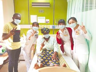 突破疫情、語言障礙 西非媽媽來台捐腎救子