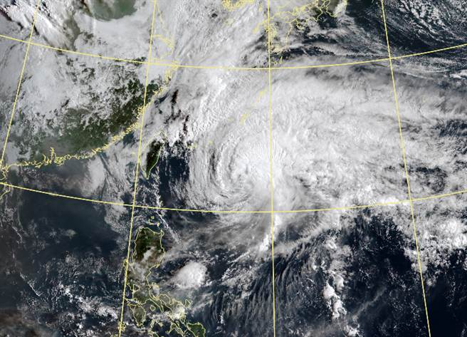 舒力基将远离,对台湾无影响。(中央气象局提供)