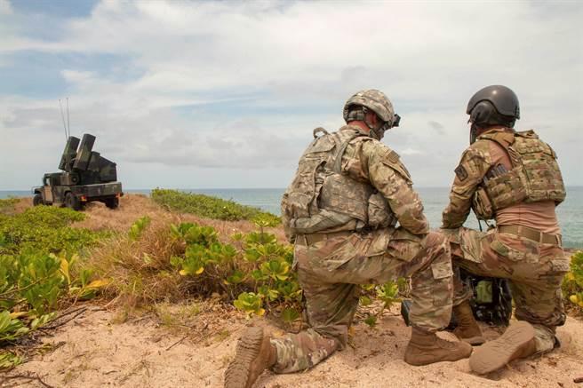為強化在打擊印太區海上目標的能力,美陸軍正改良電戰裝備以肆應大陸威脅。(圖/美國陸軍)