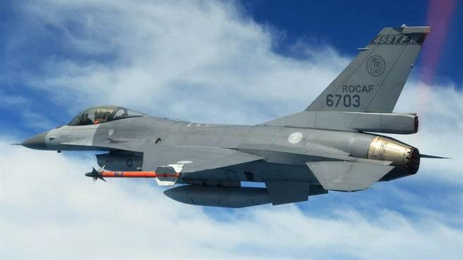 中华民国空军F-16战机的资料照。(国防部)