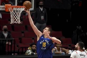 NBA》官方MVP榜長人占前3 約基奇續保首位