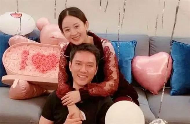 趙麗穎、馮紹峰昨宣布離婚。(圖/翻攝自微博)