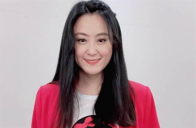 海裕芬演出《花甲男孩轉大人》,被網友封為「國民姑姑」。(圖/海芬的大明星小跟班臉書)