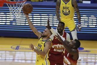 NBA》核彈級自走炮 柯瑞單月11次30+平高懸47年紀錄