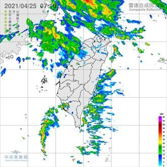 一早雷達回波很熱鬧 鄭明典:等午後對流雨來
