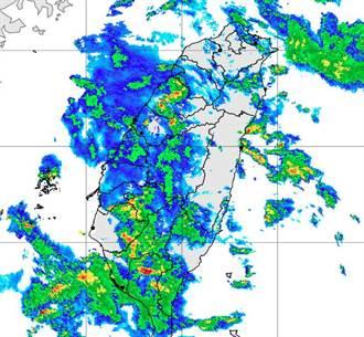 大雨狂轰南高屏 郑明典:对流开始发展了