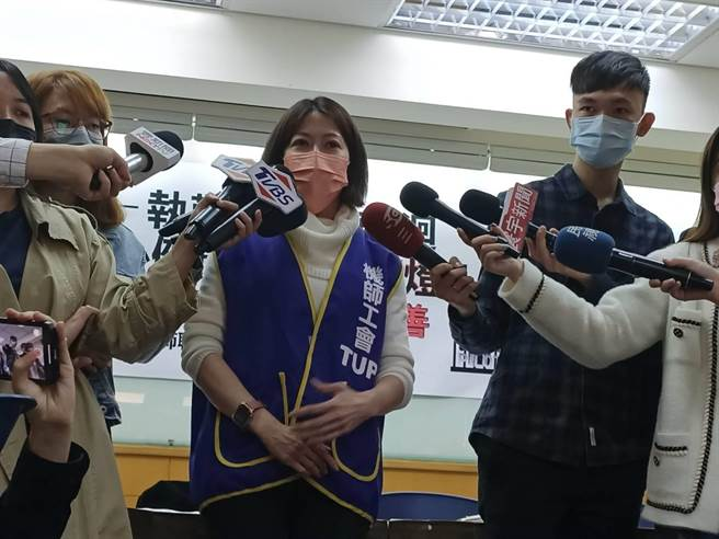 桃園機師工會理事長李信燕(簡立欣攝)