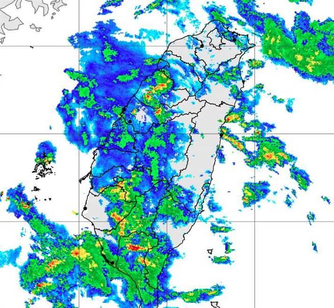 南高屏對流明顯,氣象局緊急發布大雨特報。(氣象局提供)