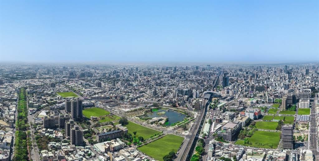 秀泰廣場影城位於台中東區,為干城區注入多元休閒娛樂機能,更帶動周遭消費人潮。(業者提供)