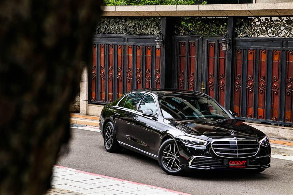 21/22 年式 Mercedes-Benz S-Class 正式開始接單,導入多項全新科技配備
