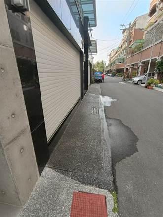 鄰居每天洗車庫30分鐘 台南男怒公布「濕地照」引爆爭議