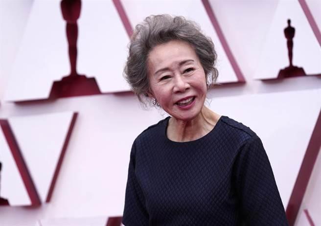尹汝貞以《夢想之地》拿下奧斯卡最佳女配角獎。(美聯社)