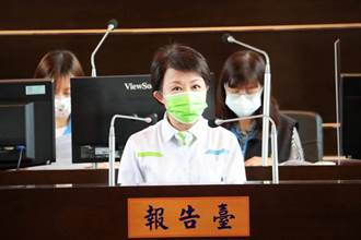 蔡英文視察台中 盧秀燕議會備詢未陪同