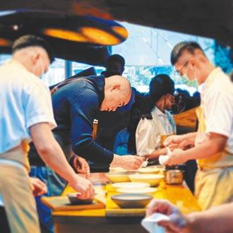台北米其林2星餐廳RAW 爆廚師沒戴口罩