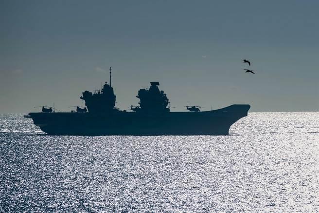 伊麗莎白女王號(HMS Queen Elizabeth)(圖/美聯社)