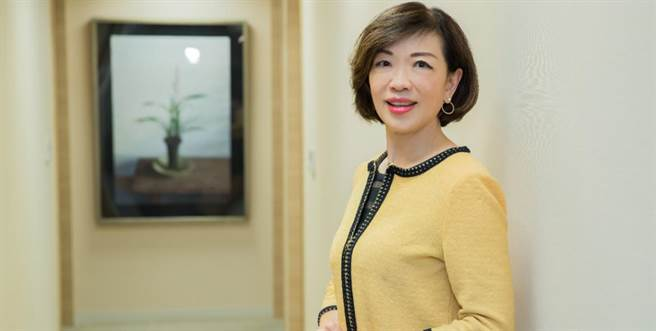 Home+中嘉宣布新任總經理由前特力集團執行長童至祥接任。(中嘉提供)