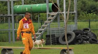 總統領養除役搜救犬遭疑特權 消防署澄清絕無此事