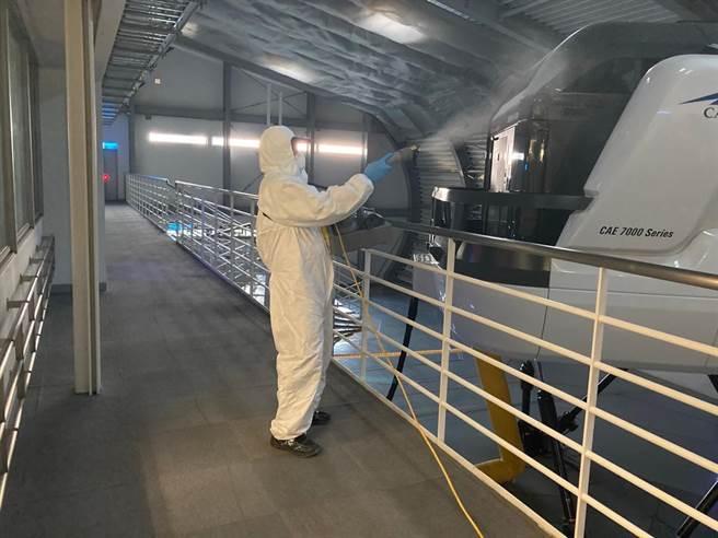 華航園區持續加強消毒作業及增加清潔消毒頻率。(華航提供)