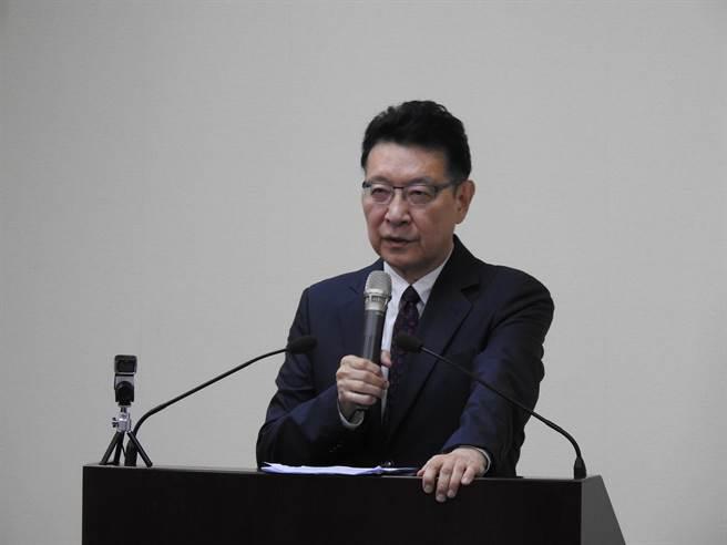 中广董事长赵少康今天赴国民党中常会专题演讲。(赵婉淳摄)