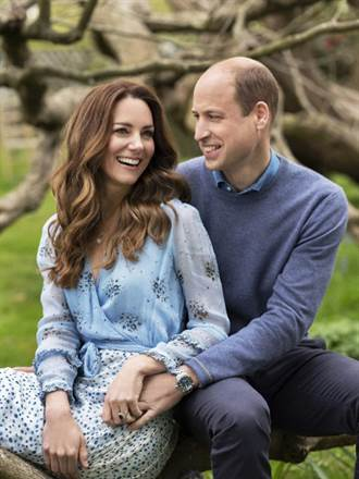英國威廉王子結婚10週年 大曬恩愛照