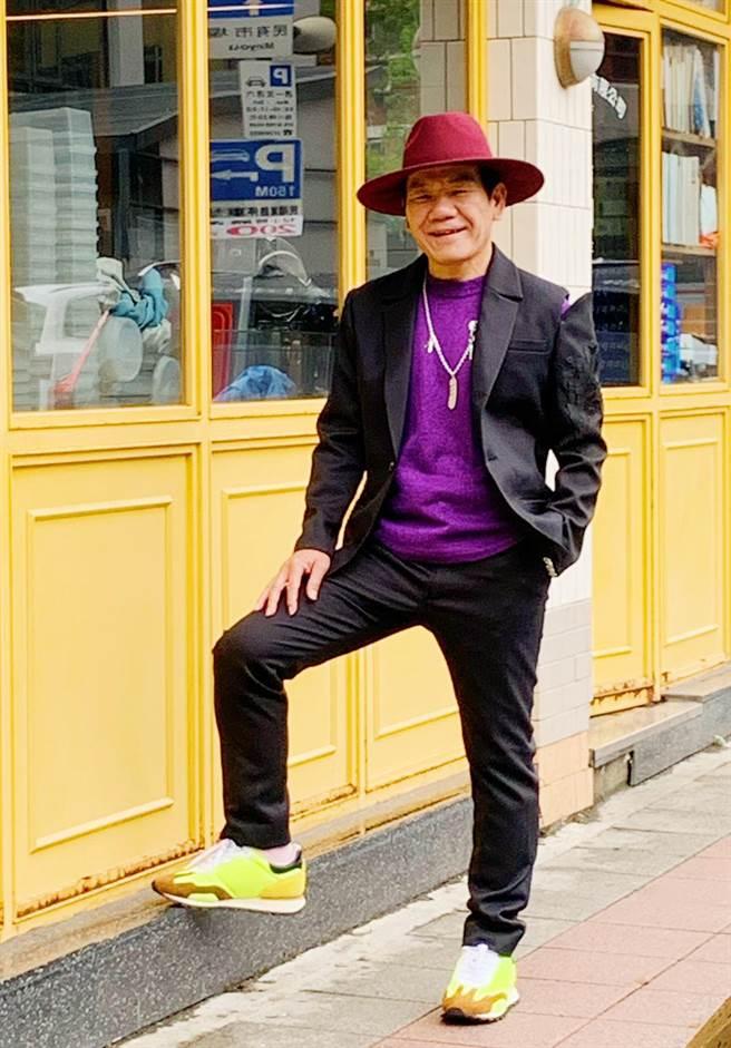 趙傳今出席新專輯《老不休》記者會。(旋風音樂提供)