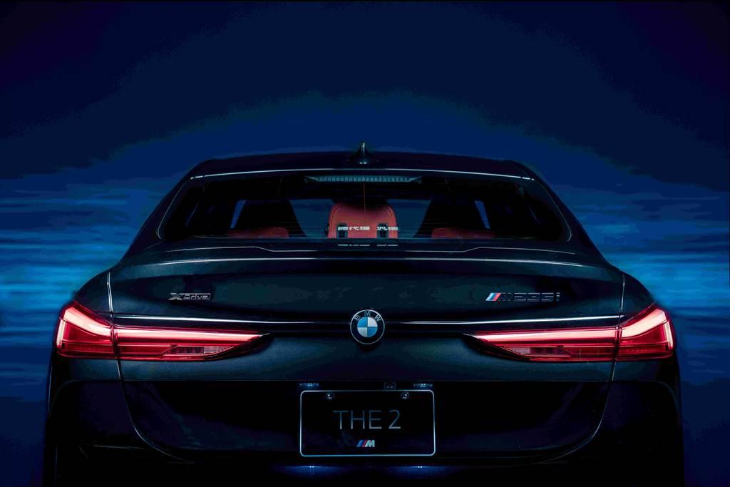 M235i xDrive Black Storm Edition暗黑中高調現身,售價268萬元。