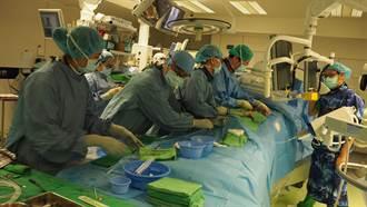 老化造成主動脈瓣膜再狹窄 榮總「瓣中瓣」手術 無痛微創新選擇