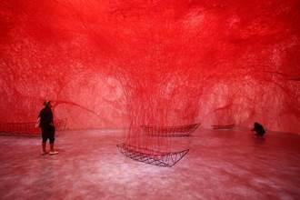 塩田千春首次來台 大型裝置羅織心靈旅程