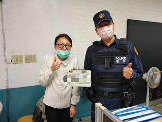 女子騎車發現車牌不見 楊梅警方協助找回