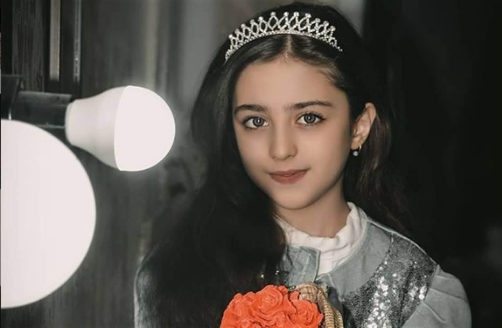 伊朗小女孩Mahdis mohammadi,擁有天仙般的美顏。(翻攝自mahdis_mohammadi91 IG)