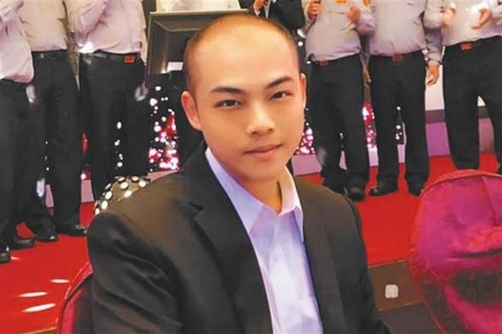 民進黨台北市黨部評委召集人趙映光之子趙介佑。(取自臉書)