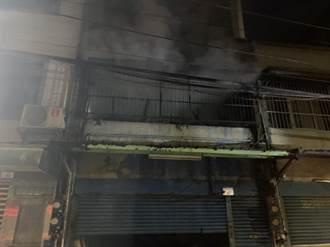 八德公寓鐵皮加蓋屋深夜大火 1男子燒傷不治