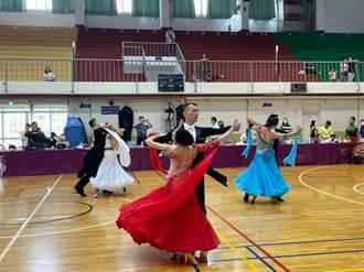 中市議長盃舞蹈錦標賽市立體育館登場 300人參加全民舞動