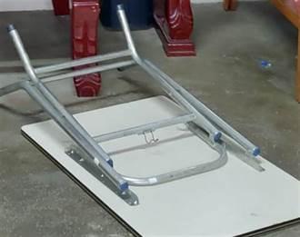 台中2歲男童遭折疊桌夾傷 無生命徵象送醫救治