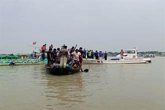 孟加拉再傳船難 快艇碰撞砂石船至少26人喪命