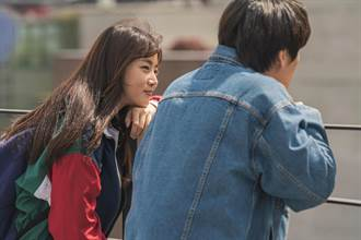 姜素拉特別演出姜河那新片 聊天聊過頭忘記要開拍