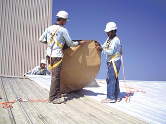 昭志固黏氈 解決鋼板屋頂4痛點