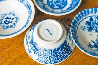 一只食碗,在縫隙之處投射出時代縮影(上)